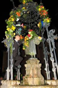 Denis has kissed the Gänseliesel!!! The celebration of his success is getting started! (Image: Tsogoeva)